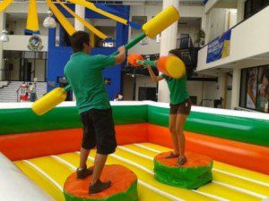 inflable gladiador