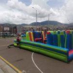 alquiler de inflables carrera de obstaculos