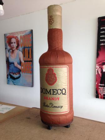 botella publicitaria